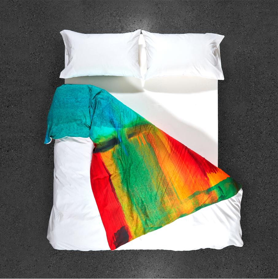 ZZ-B-African-Sunset-duvet-cover-topview-draped