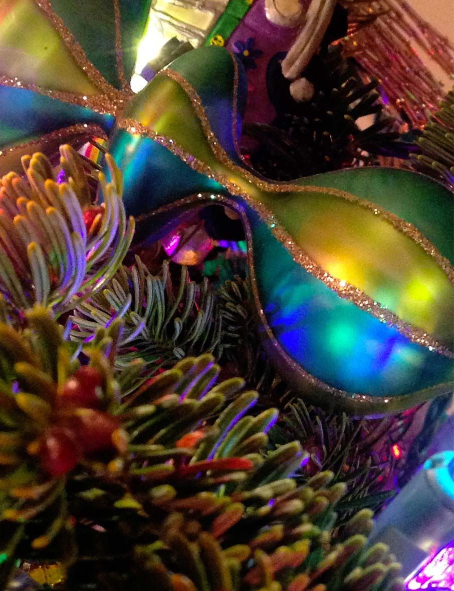Colourful-christmas-decoration