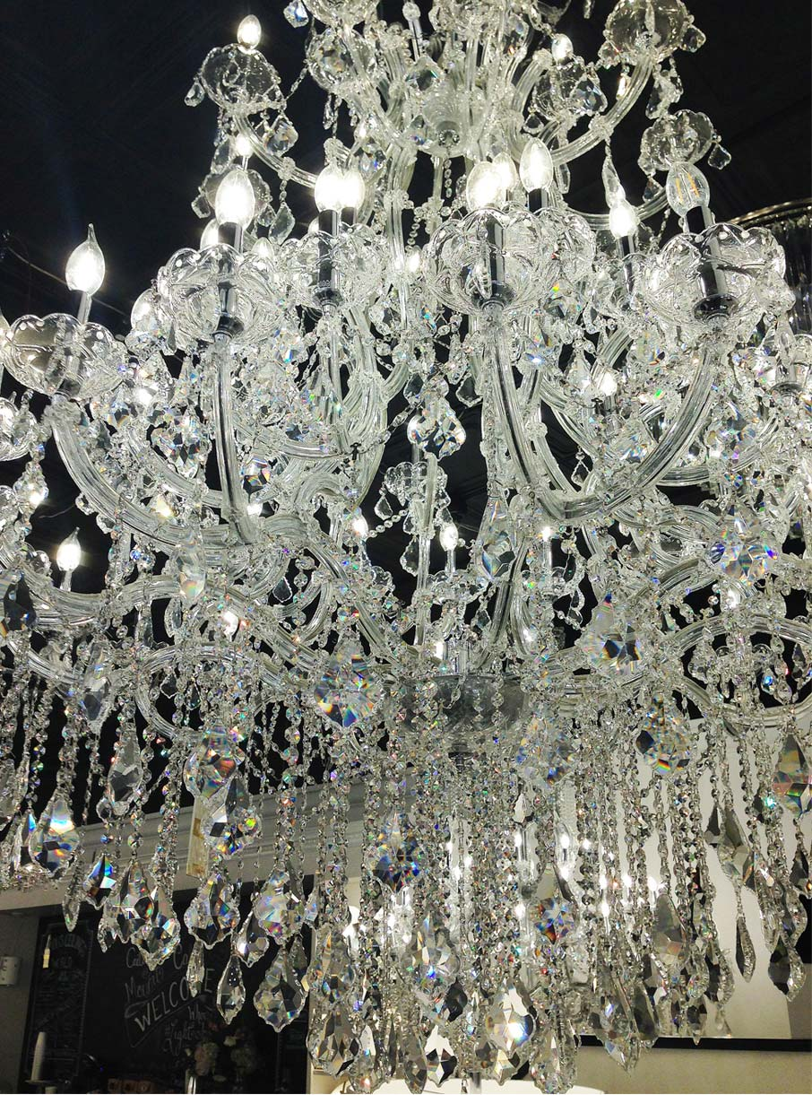 Exquisite-chandelier-inside-Elegant-Lighting-shop-at-High-Point-Market