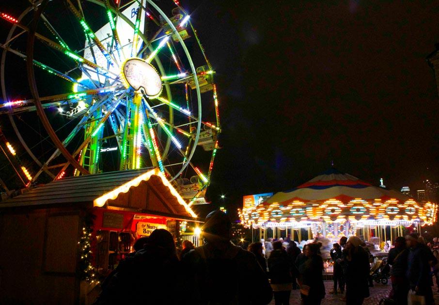 Night-scene-of-distillery-Toronto-Christmas-Market-ferris-wheel-and-merry-go-round
