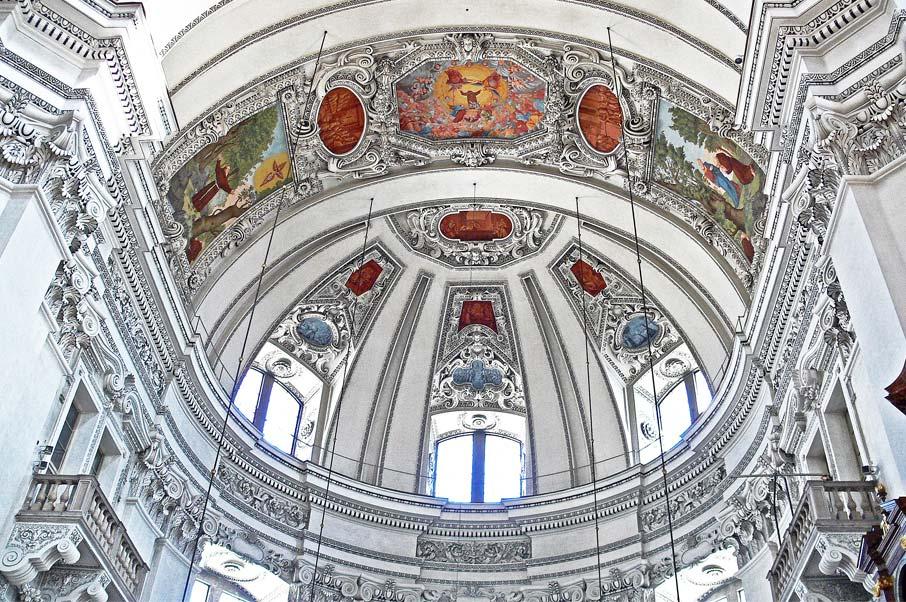 ZZ-B-Austria-Salzburg-Cathedral-baroque-architecture-dome-detail
