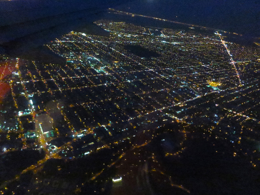 ZZ-B-NewYork-city-at-night-from-plane