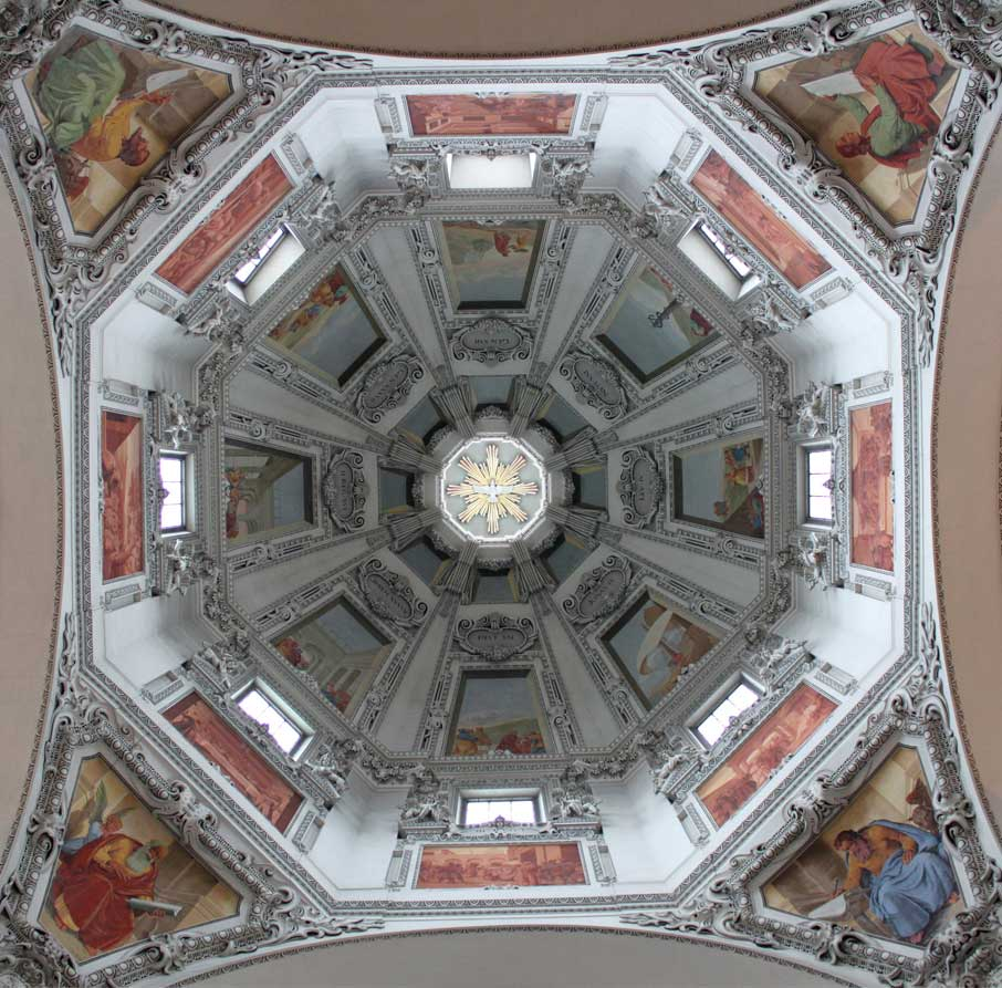 ZZ-B-Salzburg-Austria-cathedral-dome-detail