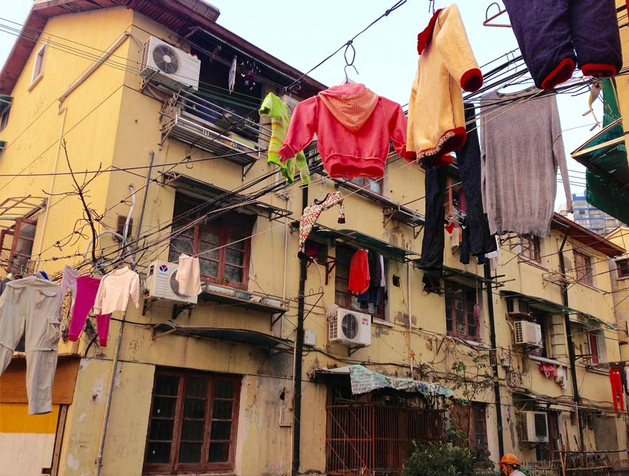 ZZ-B-Shanghai-neighbourhood-street-laundry-hanging-from-wires