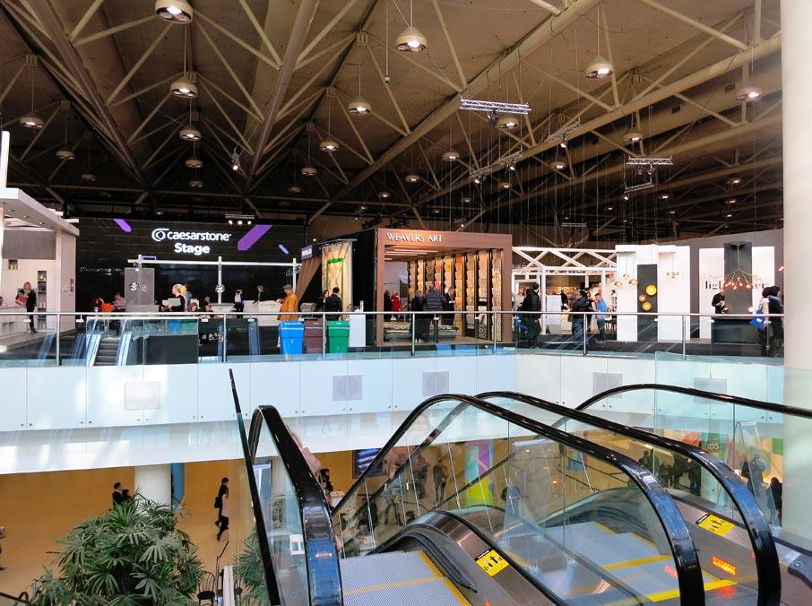 ZZ-B-escalator-to-Interior-Design-Show-floor