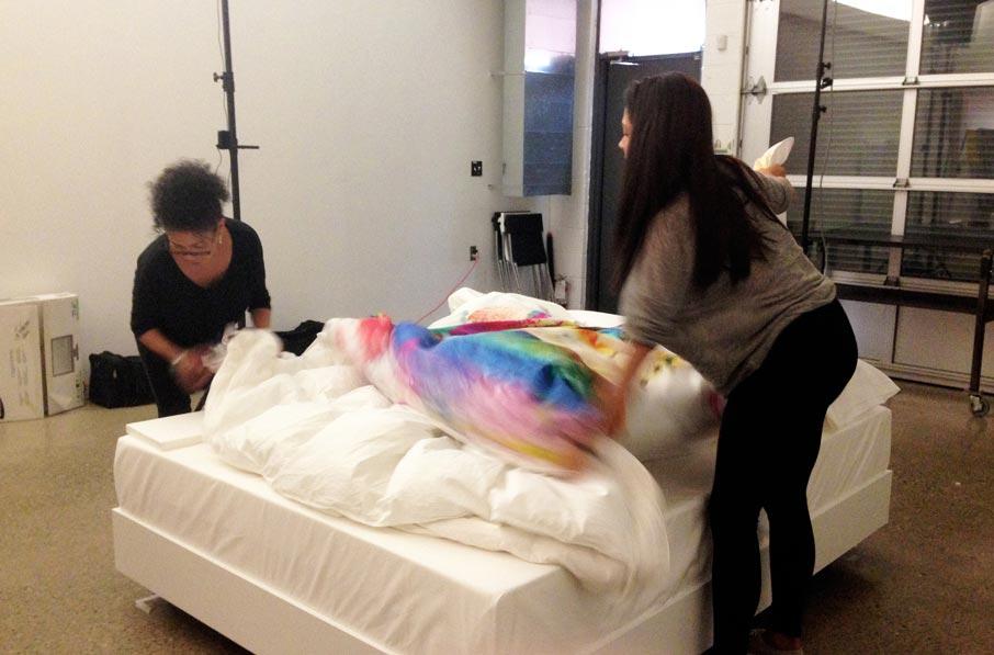 ZZ-B-photoshoot-Jess-and-Sharon-preparing-bed