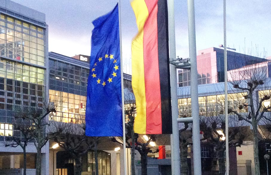 ZZ-German-and-European-flags-at-Messe-Frankfurt-Heimtextil-show