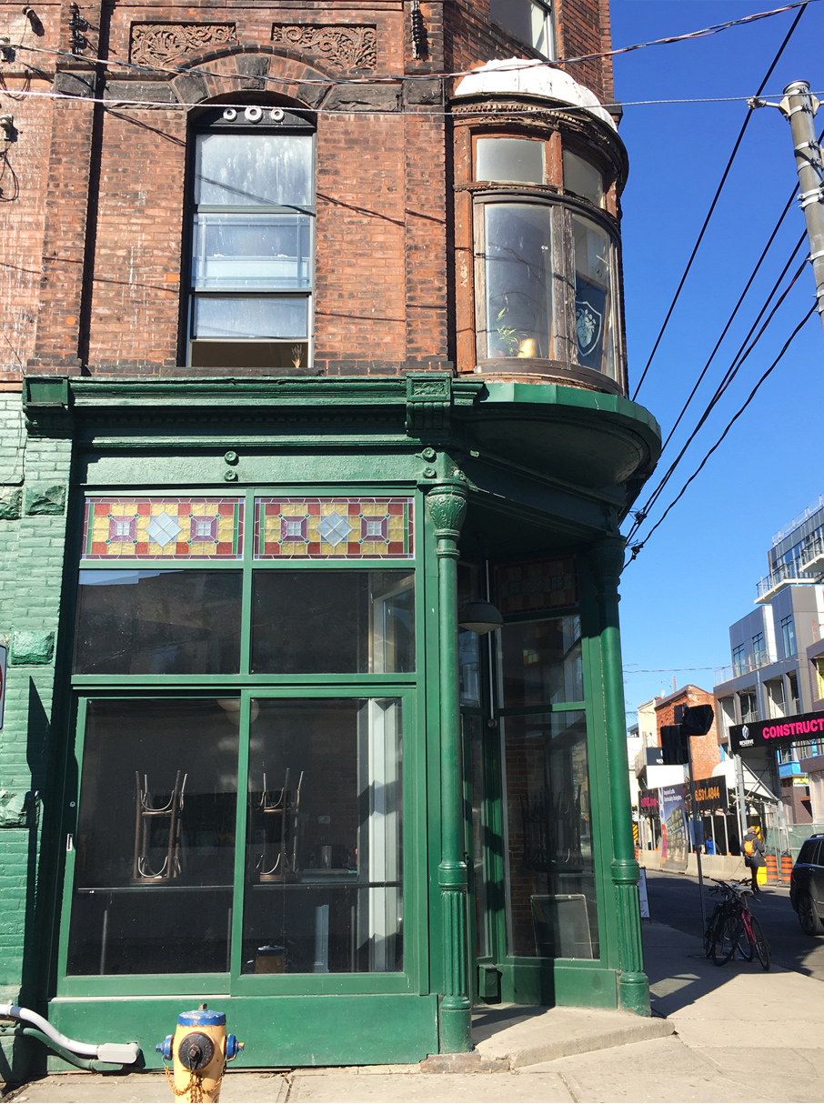 ZayZay-Ossington-Pop-Up-Green-Store-Front