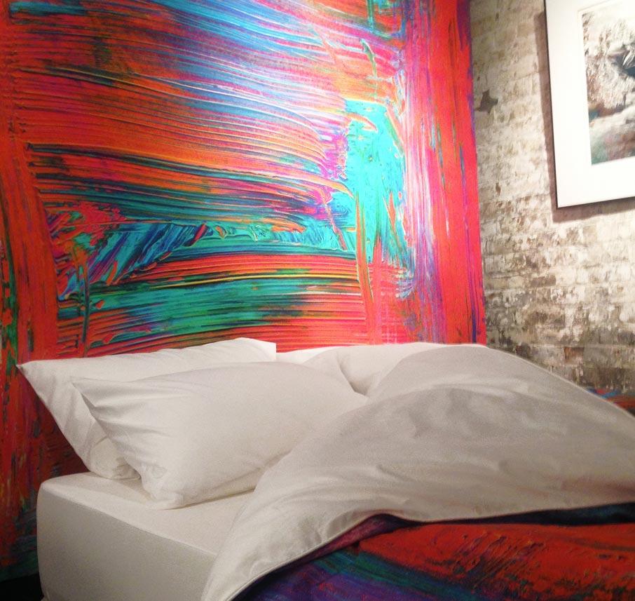 ZayZay-luxury-linen-on-display-at-Arta-Gallery