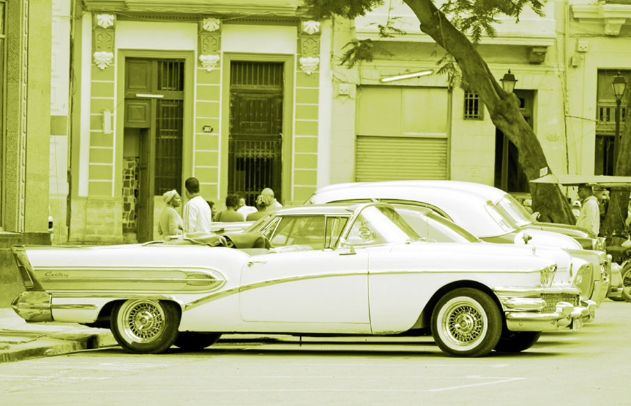 Cuba-retro-cadillac-convertible-white-and-lime-green