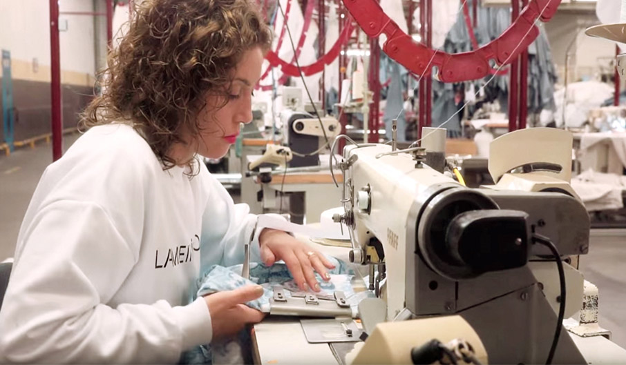 Sewing-operator-at-textile-factory