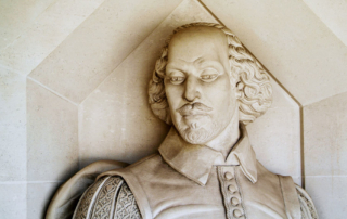 Statue-of-Shakespeare-head-and-chest